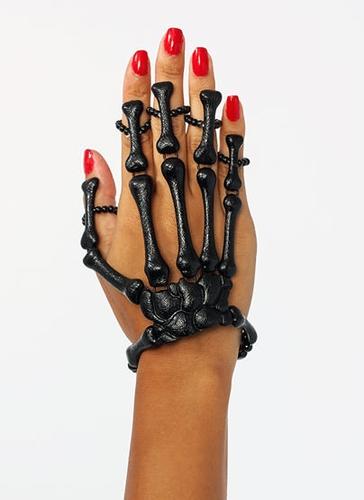 GJ | Skeleton Hand Bracelet $20.20 in BLACK GOLD -  | GoJane.com