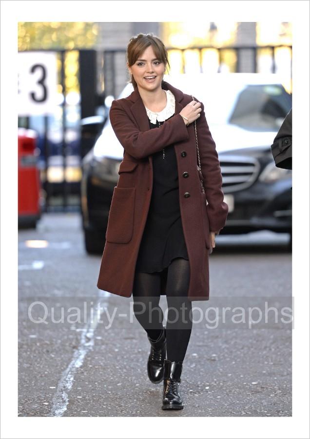 Jenna Louise Coleman Doctor WHO Photo Glossy 129 Q | eBay