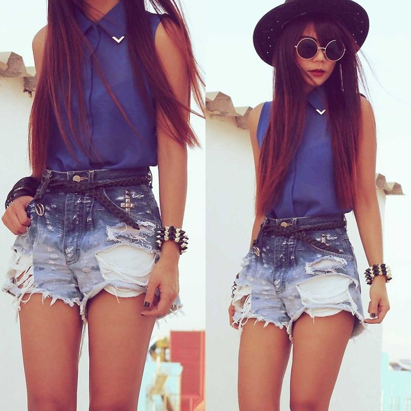 shorts одежда бренд blouse studs stud short blue sunglasses sheer blouse collar blouse shirt high waisted denim shorts studded denim shorts jewelry bracelets belt blue blouse blue shirt dark blue top sleeveless button up blouse gold blue tank top denim high waisted denim shorts High waisted shorts denim shorts high waisted blue shorts gold studs silver studs ripped shorts button down metal collar metal embelishment navy buttons cute tumblr instagram fashion metal corner fancy button sheer metal color metak embe see through royal shiry ripped weaved pretty outfit shoes phone cover collared summer ombre High waisted shorts