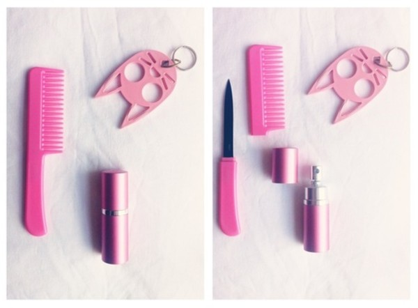 jewels pink comb knife hairbrush