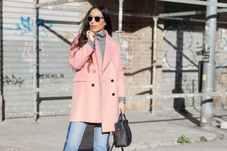 with or without shoes blogger coat sweater jeans bag sunglasses shoes pink coat grey sweater winter outfits black bag