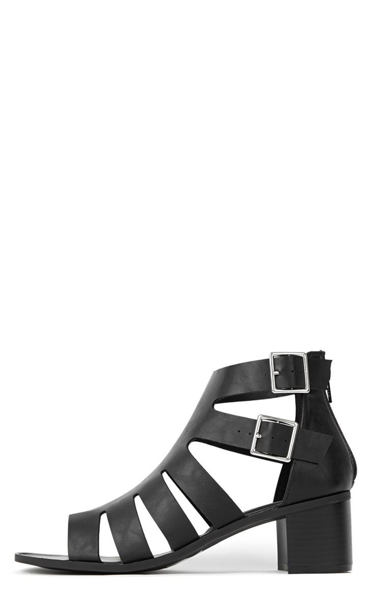 Juliana Black Block Heel Sandal - Sandals - PrettyLittleThing.com | PrettyLittleThing.com
