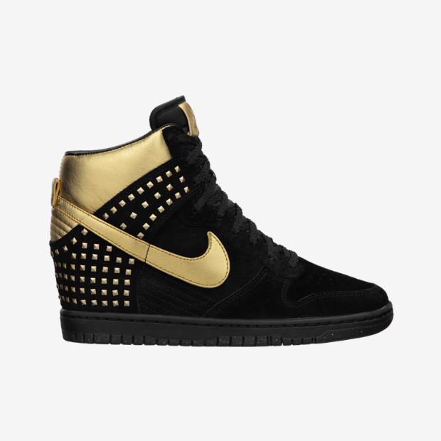 Nike Store. Nike Dunk Sky Hi Studs Women's Shoe