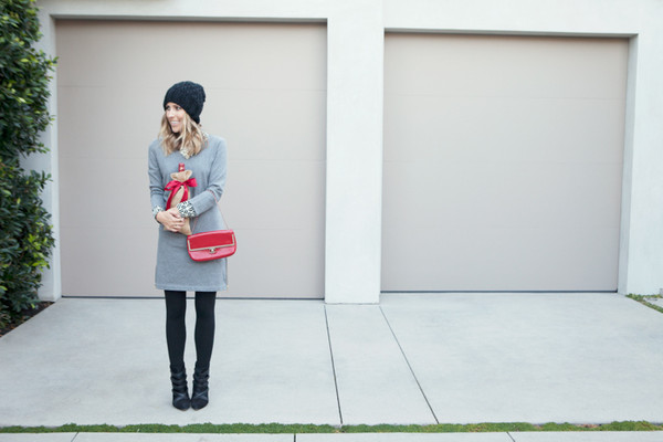 damsel in dior dress blouse hat jewels bag