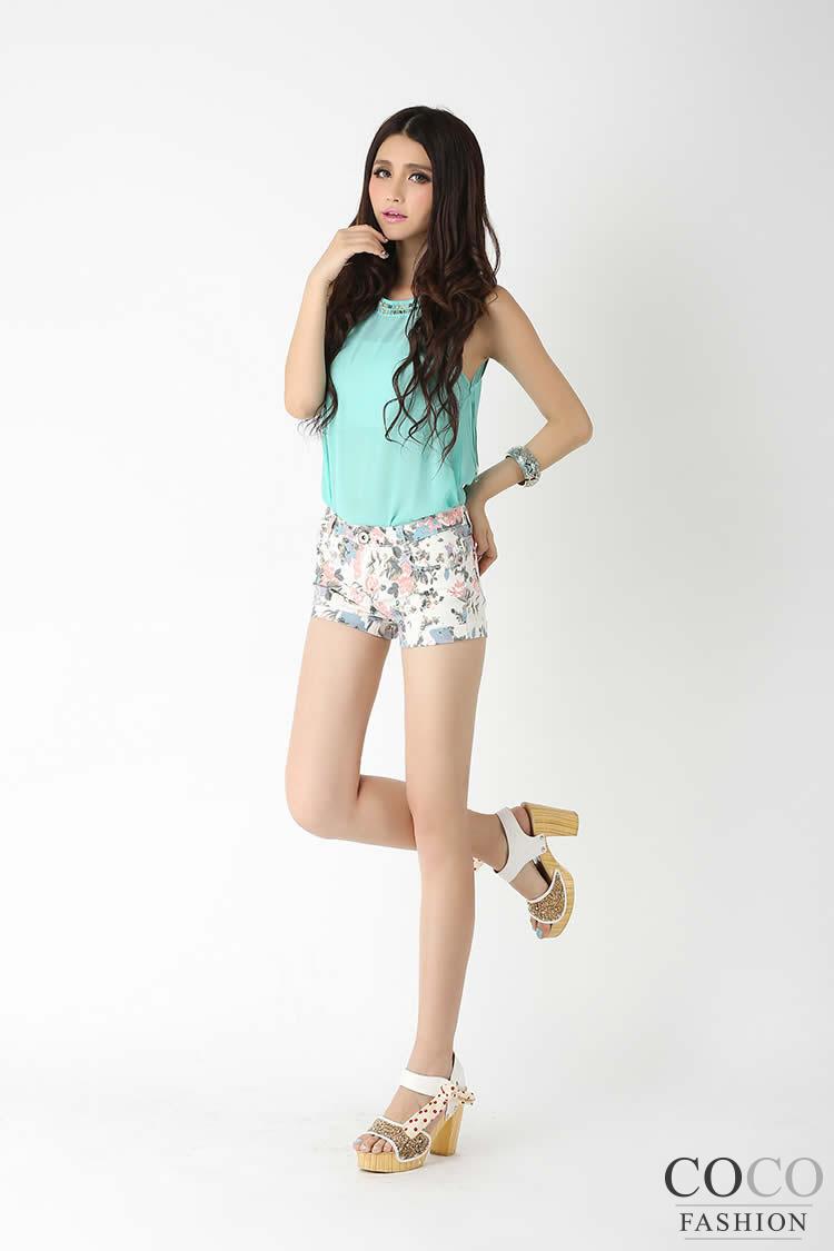 Blue Cute Floral Pattern Summer Collection Short Pants Ladies Shorts