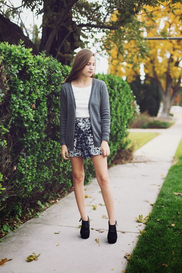 snakes nest jacket sweater skirt shoes jewels
