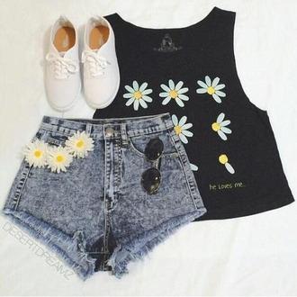 shorts shirt top black daisy lowe flowered shorts yellow loveshirt