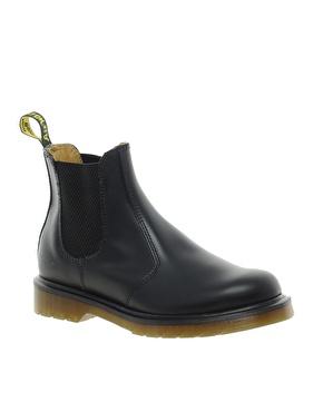 Dr Martens   Dr Martens Classics 2976 Chelsea Boots at ASOS