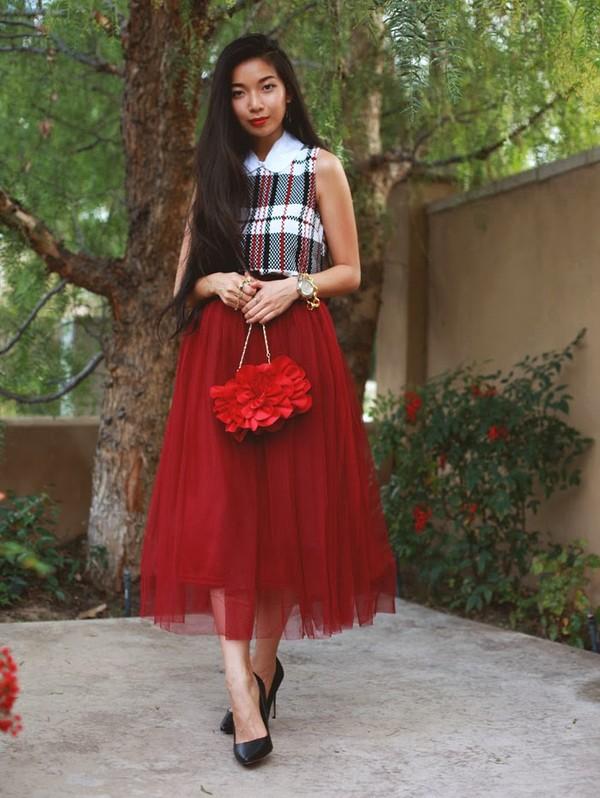 honey and silk t-shirt skirt bag shoes jewels