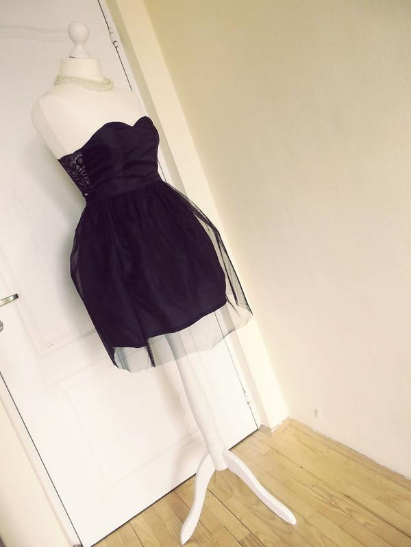 dress sweetheart dress little black dress bralette bralette top tutu dress tulle skirt tulle skirt tulle dress black top tule skirt corset top