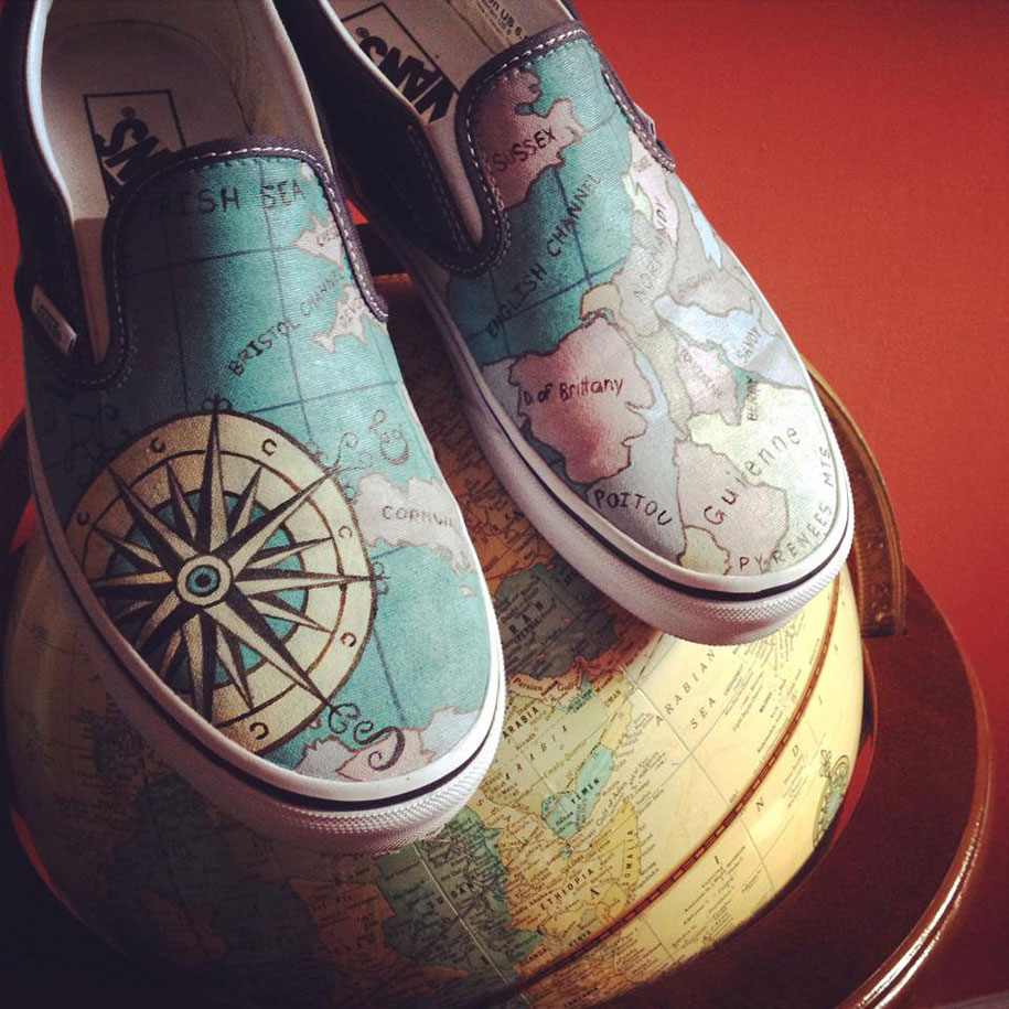 Artist Hand-Paints Shoes With Calvin And Hobbes, Pink Floyd, And Other Pop Culture Designs |                            MUSE-AHOLIC