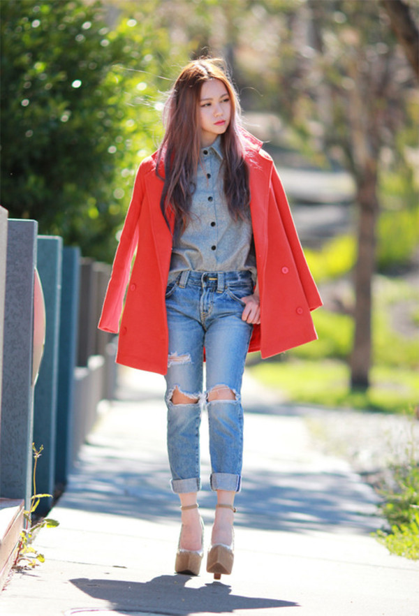 chloe ting shirt jeans shoes