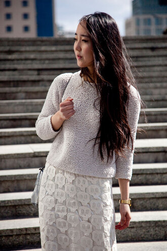 sheep cream park and cube sweater