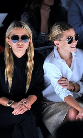 olsen sisters mary kate olsen ashley olsen shirt skirt sunglasses