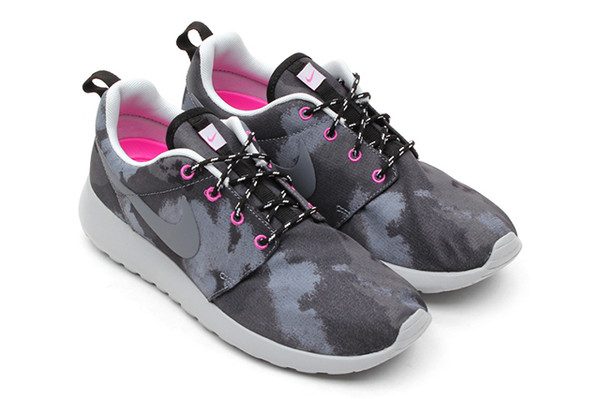 shoes pink grey white nike sneakers nike roshe run hot punch