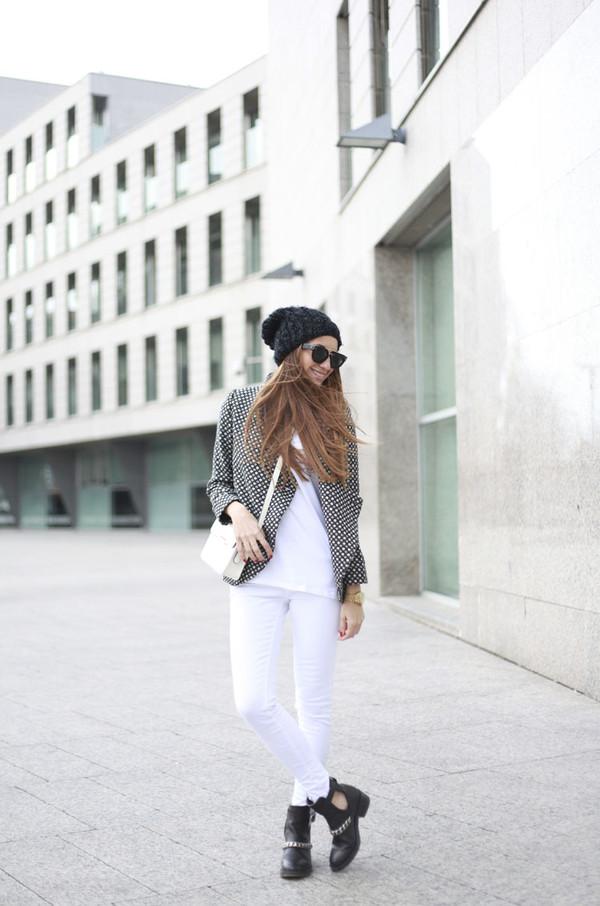 b a r t a b a c jacket t-shirt jeans shoes bag sunglasses hat jewels