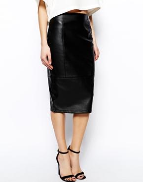 ASOS   Falda de tubo de efecto cuero de ASOS en ASOS