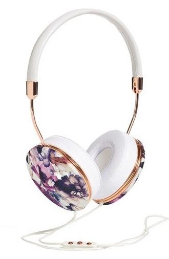 floral headphones technology holiday gift girly wishlist earphones printed headphones hipster grunge music indie white frends headphones