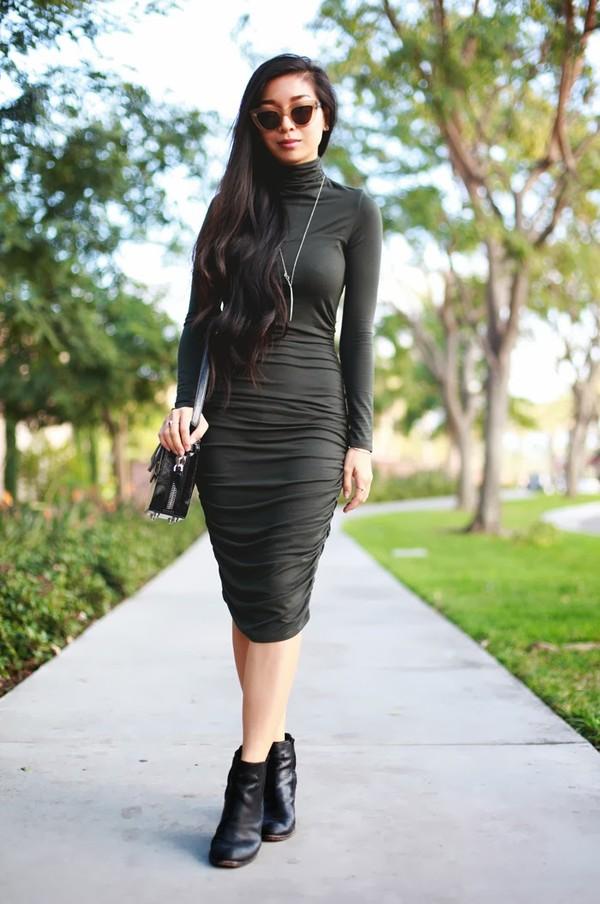 honey and silk dress sunglasses jewels bag shoes