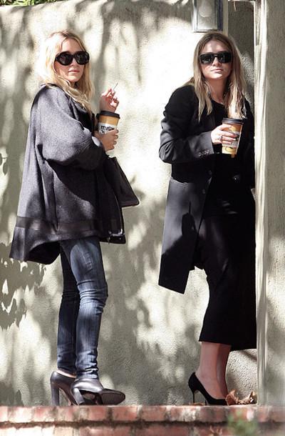olsen sisters blogger sunglasses coat jeans