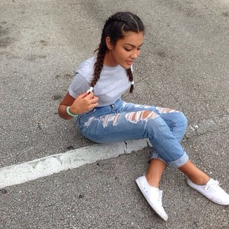 jeans ripped jeans shoes ebonylace.storenvy shirt swag brunette white sneakers gorgeous grey top dope summer outfits boyfriend jeans light blue ripped t-shirt blue jeans denim high waisted jeans high waisted grunge girly blue cool grey braid love watch grey shirt sweater white shoes boxer braid