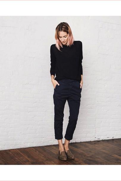 le fashion image blogger sweater cropped pants minimalist loafers boyish french girl style