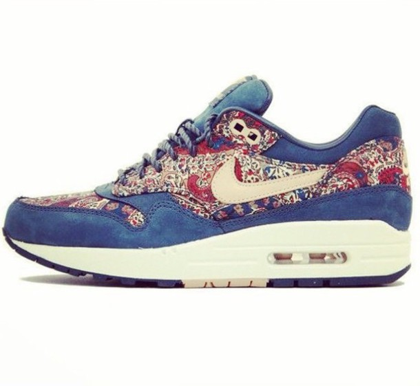shoes nike air red pattern