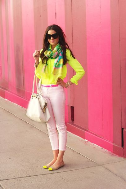 shoes yellow fluo neon shirt bag blouse pants pink pants yellow flats capri pants pink capri pants yellow shirt flats pointed toe flats white bag belt pink belt scarf sunglasses
