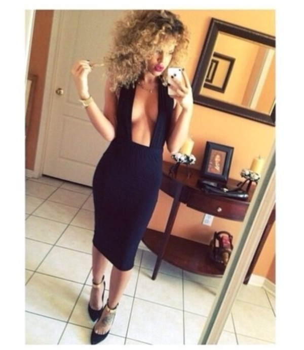 dress high heels black weed plunge v neck plunge neckline sexy provocative hemline little black dress selfie curly hair red lipstick sandals sneakers long colorful sleeves maxi