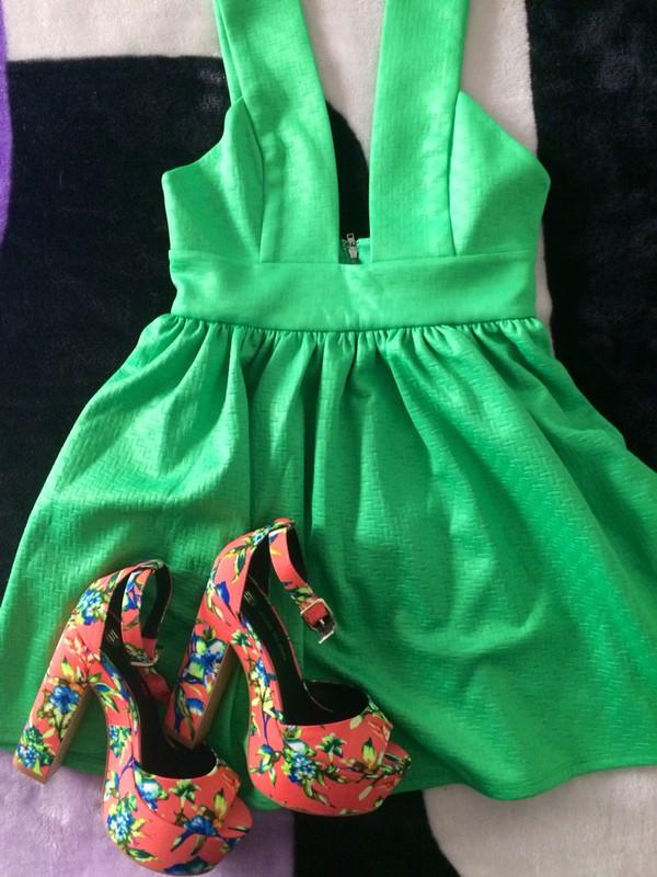 dress green green dress party dress beautiful fashion shoes