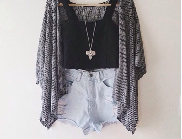 sweater oversized sweater shorts High waisted shorts tank top shirt