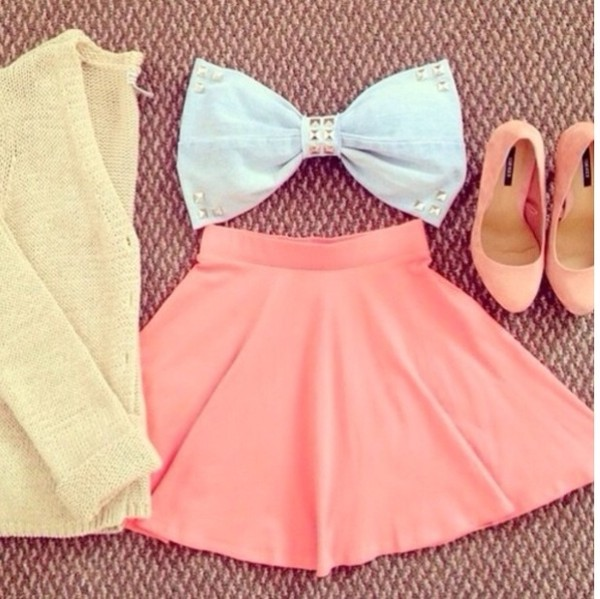 shirt skirt tank top pink skirt pink cute perfect combination help me i need all of this bow cardigan