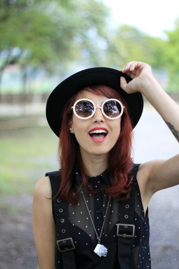 my name is glenn pants shirt hat sunglasses shoes bag jewels