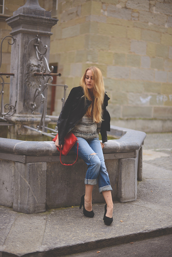 tiphaine's diary jacket sweater jeans shoes bag jewels