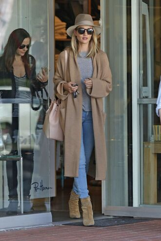 coat oversized rosie huntington-whiteley model jeans hat boots ankle boots camel oversized coat
