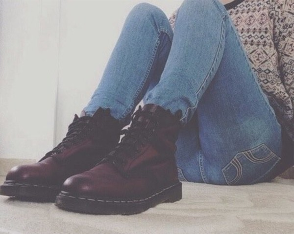 shoes grunge urban DrMartens boots infinity soft grunge DrMartens combat boots jeans sweater brown leather boots leather winter boots blouse dr.martens maroon