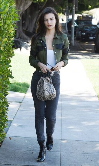 jacket spring outfits jeans emily ratajkowski model off-duty streetstyle top