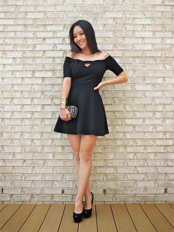 sensible stylista dress jewels bag shoes