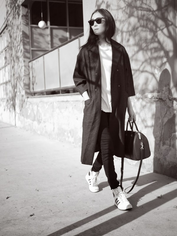 stop it right now coat tank top bag jeans shoes sunglasses
