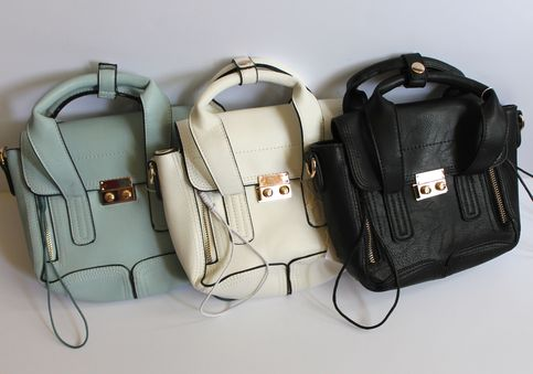 LucyMint > Taylor Zippered Crossbody Bag > fanciful shop for all things vintage, vintage-inspired, feminine, and affordable-chic