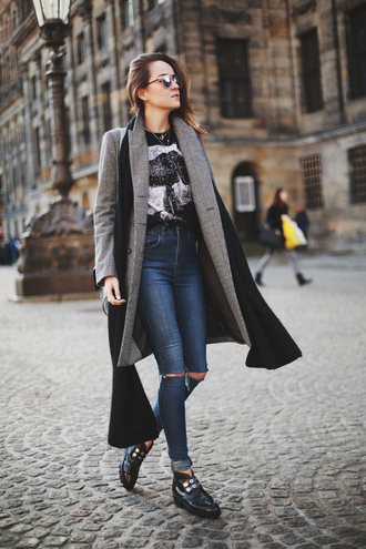 style scrapbook blogger bag jeans mirrored sunglasses round sunglasses jumper coat knitted scarf