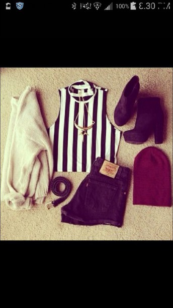 top striped top black and white