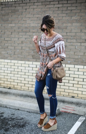 life & messy hair blogger jeans top shoes sunglasses bag gucci bag crossbody bag tunic wedge sandals