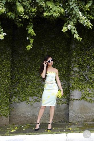 kryzuy t-shirt skirt sunglasses bag jewels