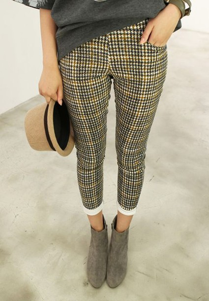pants pants jeans dogtooth tartan check checkered natural neutral hat t-shirt t-shirt top rolled up