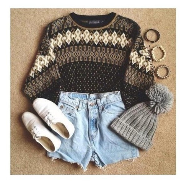 hat christmas sweater cut off shorts pom pom beanie fall outfits cute