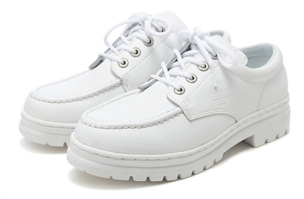 shoes creepers boat shoes loafers boots all white everything white shoes timberland nike girls shoes boys shoes unisex shoes nice shoes vintage shoes