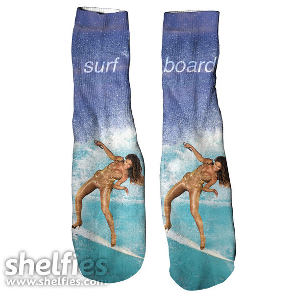 socks beyonce foot gloves shelfies surf