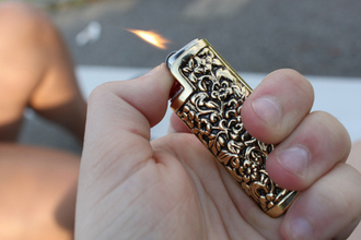gold accessory lighter engrave jewels cool vintage flame smoke detail floral metal