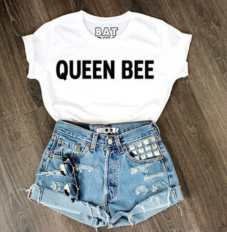 t-shirt sunglasses beyonce white and black tshirt denim shorts jeweled shorts high waisted shorts queen bee lorde batoko www.batoko.com top queen shirt cute graphic tee queen b shorts white and says queen bee on it it fashion style trendy cool summer white quote on it trendsgal.com